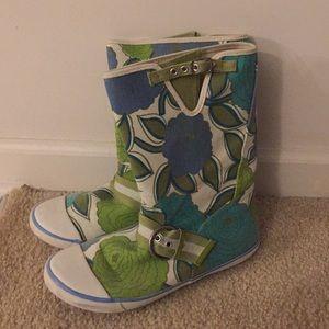 EUC Sugar denim floral print boots Sz 7